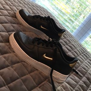 Air Force 1 Low LV8 Leather GS 'Gold Jewel'
